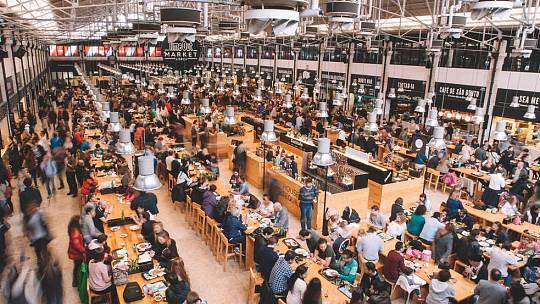 Time Out Market. Gastronomický koncept z Lisabonu se chystá otevřít pobočku i v Praze.