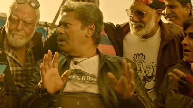 Film Power Paandi nabízí pohled do života vysloužilého kaskadéra.
