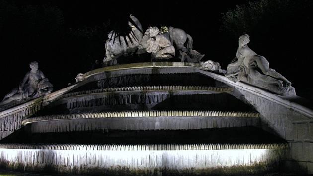 Pohádková noční prohlídka na zámku Dobříš.