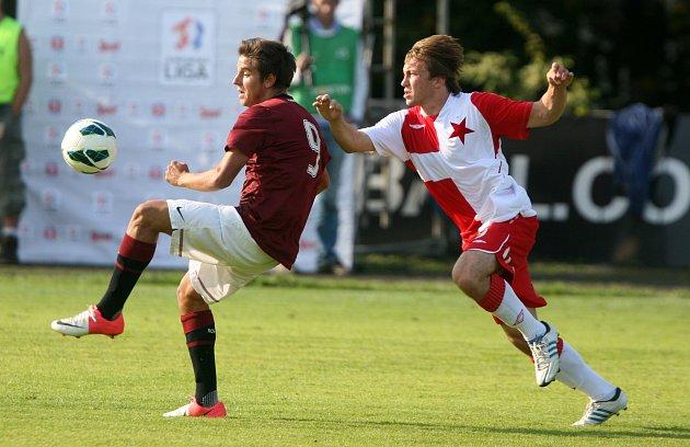Junioři Slavie porazili v derby Spartu 4:2, přestože už v páté minutě prohrávali o dva góly.