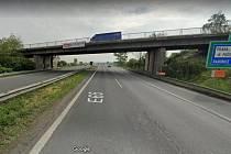Most v Horních Počernicích přes D10, který čeká rekonstrukce.