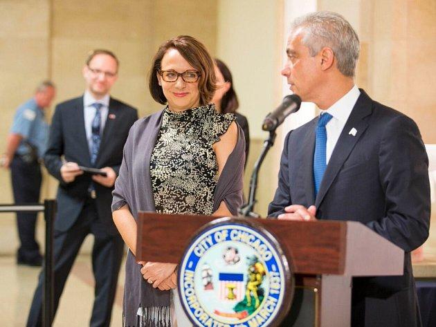 V Chicagu se při Dnech Prahy letos v červnu setkala primátorka Adriana Krnáčová také se svým protějškem Rahmem Emanuelem.