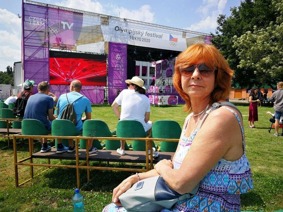 Návštěvu Olympijského festivalu v Praze si k narozeninám nadělila Květa Zbořilová.