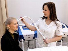 Představení nového přístroje v Centru estetické a laserové medicíny.