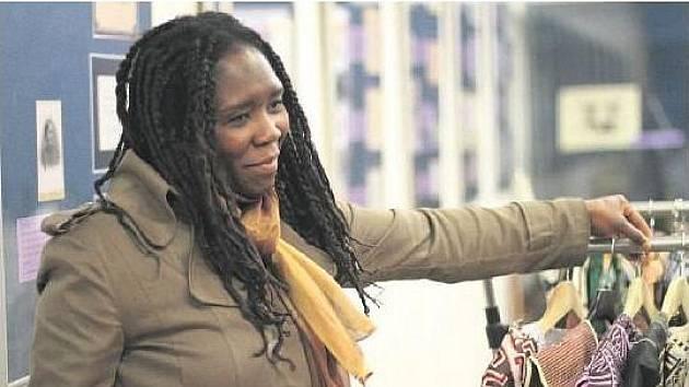 Yé Traoré se narodila v africkém Mali, do Prahy přijela před pětadvaceti lety za studii. Nyní se věnuje propagaci africké kultury.