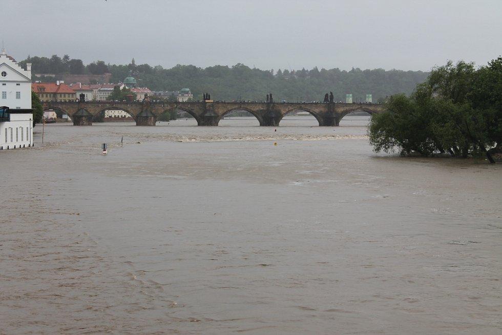 Nouzový stav v Praze