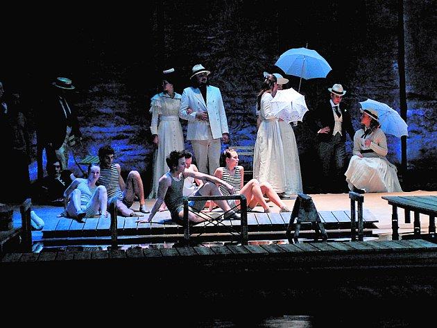 SMRT V BENÁTKÁCH. Státní opera dnes uvede hudební nastudování příběhu stárnoucího spisovatele podle novely Thomase Manna.