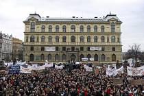 Demonstrace proti vládním reformám vysokých škol proběhla 29. února v centru Prahy.