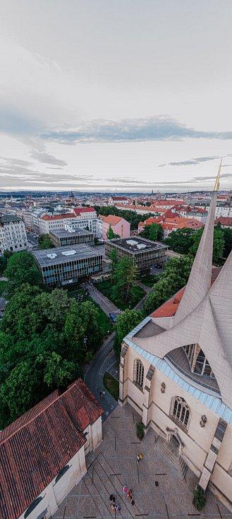 Pražský CAMP pořádá akce pro všechny lidí, kteří se zajímají o město a jeho rozvoj.