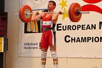 Luděk Bečvář předvedl 130kg v nadhozu.