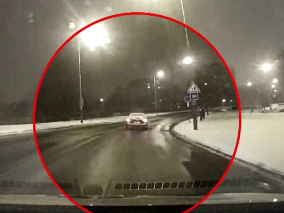 Řidička byla pod vlivem alkoholu.
