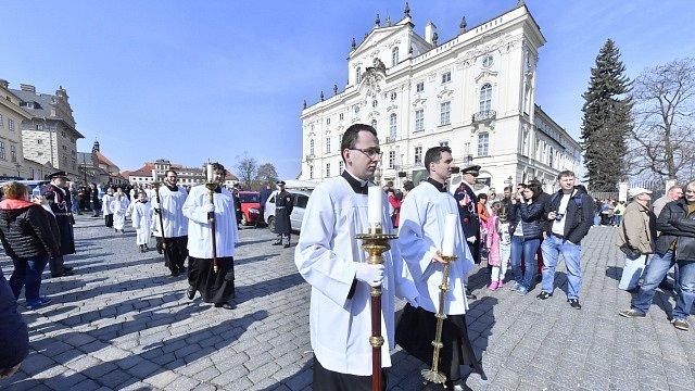 Pohřeb kardinála Miloslava Vlka