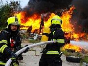 Požár v Libuši.