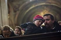 Modlitba evropského setkání mladých Taizé proběhla 30. prosince v pražském chrámu sv. Mikuláše.