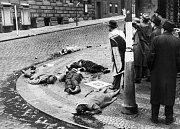 Boj o rozhlas. Německé zbraně nakonec vzaly život 170 statečným bojovníkům.