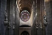 Varhany v Chrámu sv. Víta na Pražském hradě doplní skleněné prvky.