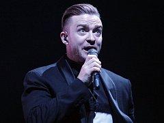 Koncert Justina Timberlaka ve vyprodané O2 areně v Praze.