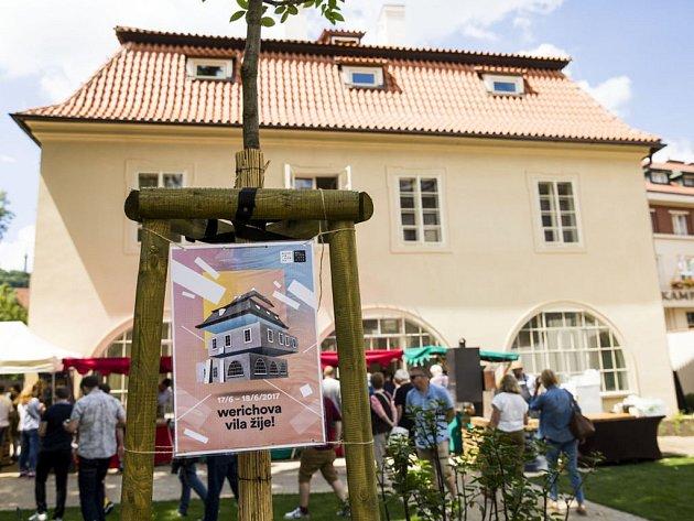 Festival ve Werichově vile.