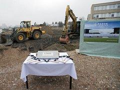 Zahájení výstavby nového zimního stadionu ve Strašnicích
