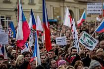 Na Hradčanském náměstí v Praze se 6. února konala demonstrace proti islamizaci Evropy, kterou organizoval Blok proti islámu a hnutí Úsvit.