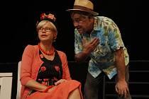 Herci Jana Švandová a Zdeněk Žák v úspěšném představení 2x Woody Allen v Divadle Bez zábradlí v Praze.