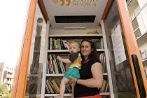 Jde o jedenáctou KnihoBudku, která byla v ČR otevřena. Knihu si můžete půjčit, věnovat, vzít nebo vyměnit za jinou, použití je zdarma.