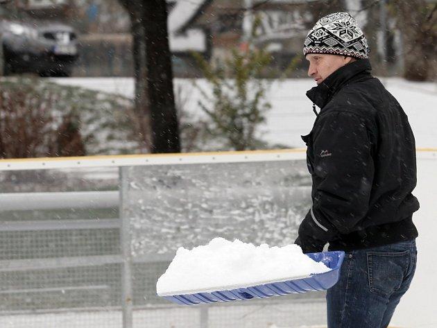 Sněžení v Praze 4. ledna.