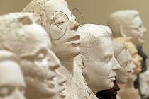Výstava v prostorách hlavní budovy Akademie věd ukazuje nejrůznější výtvarné přístupy, ale především aktuální stav českého sochařského portrétu.
