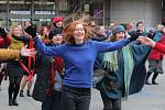Tancem proti násilí na náměstí Václava Havla 14.února.
