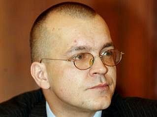 Jaroslav Škárka již ve finančním výboru nesedí, měl vynášet vnitřní informace.