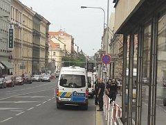 U autobusového nádraží na Florenci bylo nalezeno podezřelé zavazadlo.