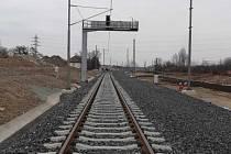 Na hostivařské trati Swietelsky Rail o dva měsíce zkrátil technologickou přestávku.