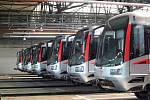 Čtyřicáté výročí pražského metra: cestující svezly historické soupravy a veřejnosti se otevřelo depo Kačerov.