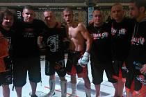 Pražský oddíl MMA Penta gym v Pardubicích: (zleva) Daniel Barták, Jiří Paluska, Michal Hořejší.