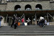 Schodiště do budovy Národního muzea v Praze.