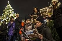 Česko zpívá koledy - Staroměstské náměstí v Praze - 9. prosince 2015.