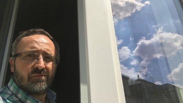 Kontrolní den rekonstrukce Paláce Svět. Místostarosta Prahy 8 Petr Vilgus.