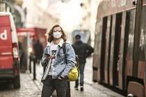 Nošení respirátorů v centru Prahy