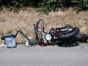 Při střetu s motocyklem byl zraněn cyklista.