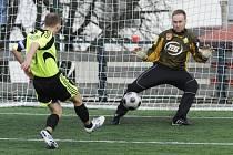 Úvodní gól utkání střílí kapitán domácích Jiří Machurka.