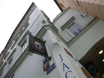 Železná 8, další z adres, kde by měl sídlit luxusní Ritz Carlton.