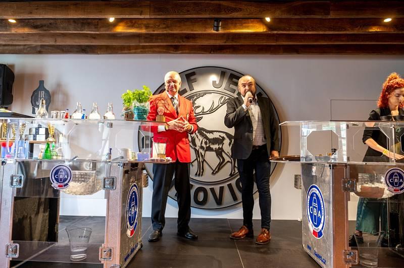 Z barmanské soutěže International Rudolf Jelínek Cup v Muzeu slivovice v Praze.