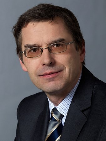 Náměstek pražského primátora Václav Novotný.