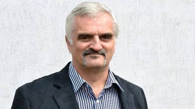 Někdejší ředitel Základní školy Glowackého v Praze 8 Miroslav Koranda