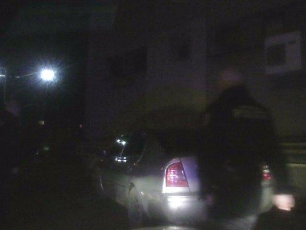 Policie pronásledovala opilého řidiče
