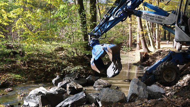 Kunratický potok se dočkal oprav