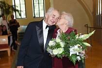 Květa a Karel jsou svoji už od roku 1958. Letos oslavili diamantovou svatbu