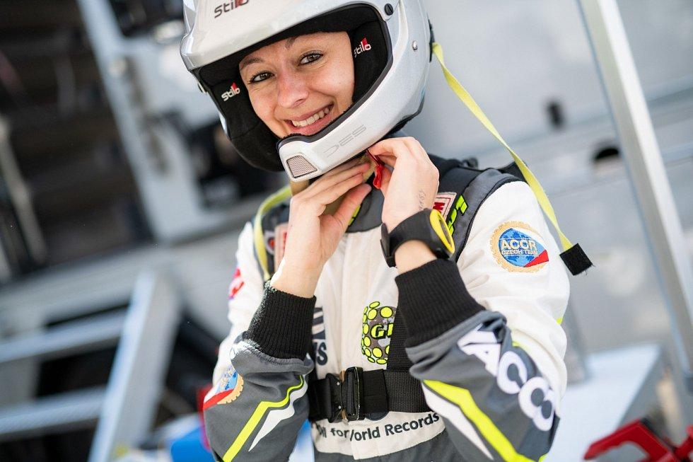 Navigátorka Jindřiška Žáková pokořila hranici 100 závodů.