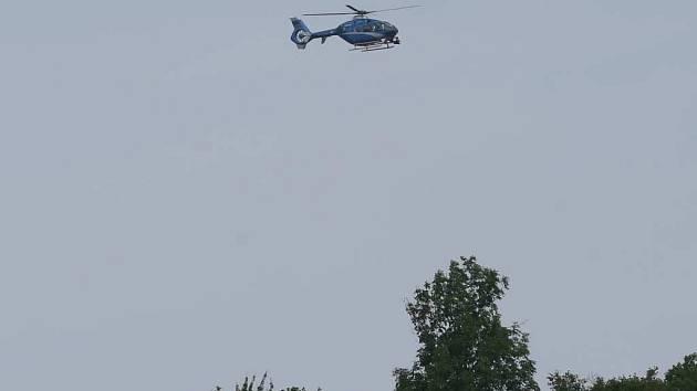 Policejní vrtulník. Ilustrační foto.