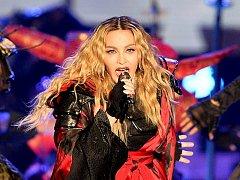 Americká zpěvačka Madonna vystoupila o víkendu 7. a 8. listopadu 2015 v Praze.